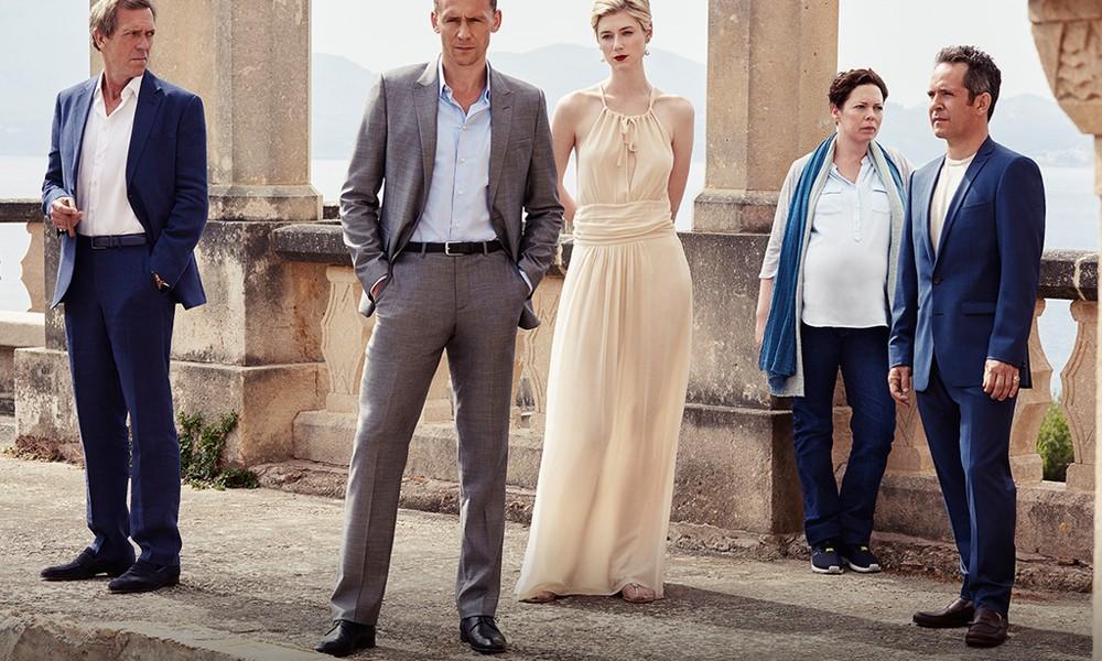 Série com Tom Hiddleston e Hugh Laurie estreia em Fevereiro no Brasil