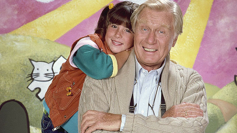 """Morre, aos 98 anos, George Gaynes, ator da série """"Punky, a Levada da Breca"""" e """"Loucademia de polícia"""""""