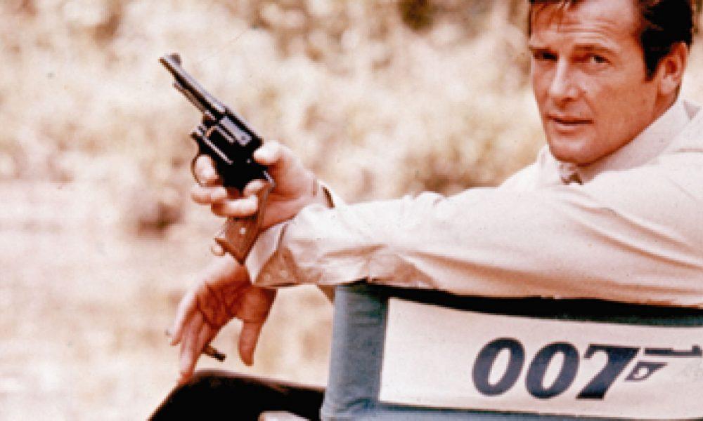 Sir Roger Moore: Nosso Eterno James Bond