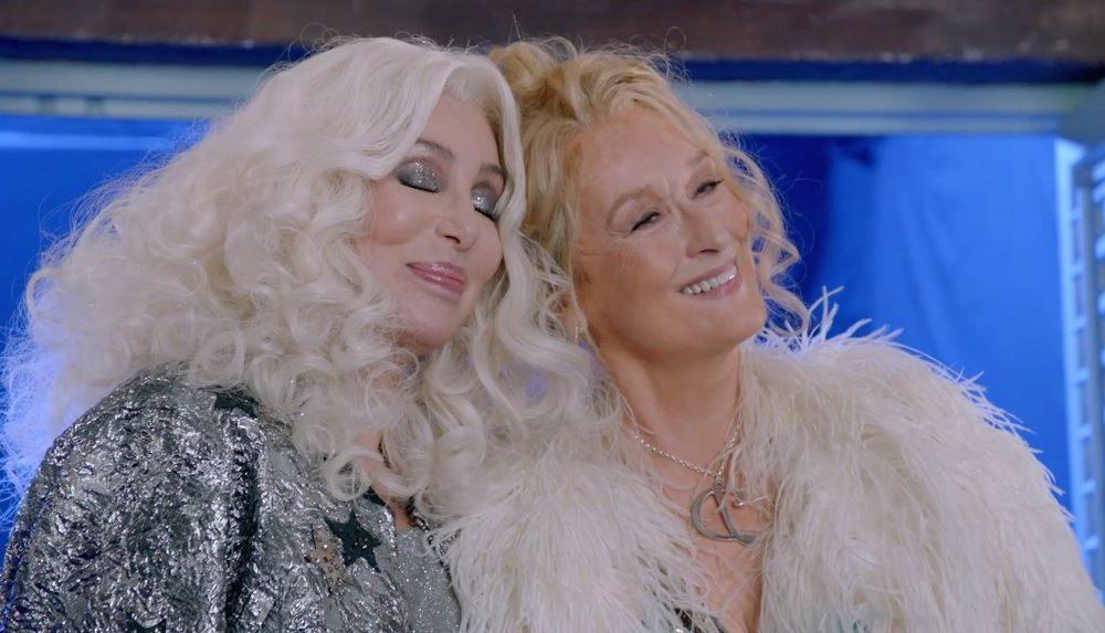 """A diva Cher aparece cantando """"Fernando"""" em """"Mamma Mia! Lá Vamos Nós"""""""