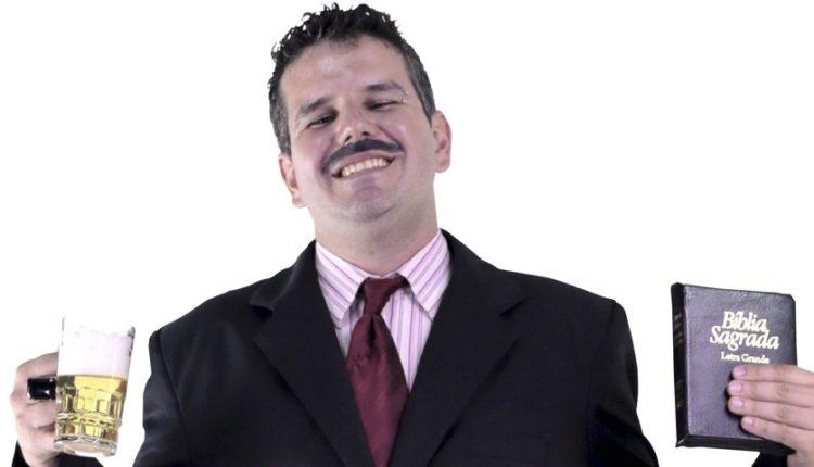 Theatro NET: O stand-up Culto de Humor – Apóstolo Arnaldo tem única apresentação