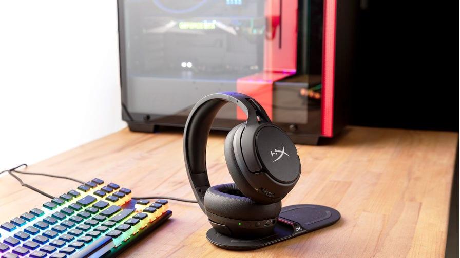 HyperX lança headset wireless Cloud Flight S, com autonomia de até 30h de bateria e som surround 7.1 virtual